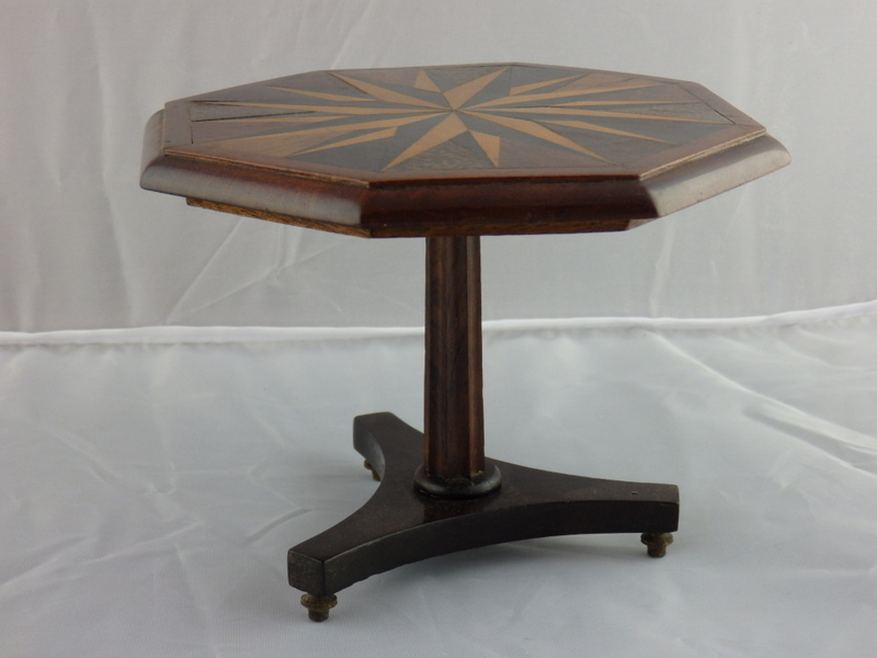 Miniature mahogany table for 07 08 championship table